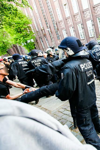 Gegenproteste Naziaufmarsch Kreuzberg Berlin 26.04.2014-0522