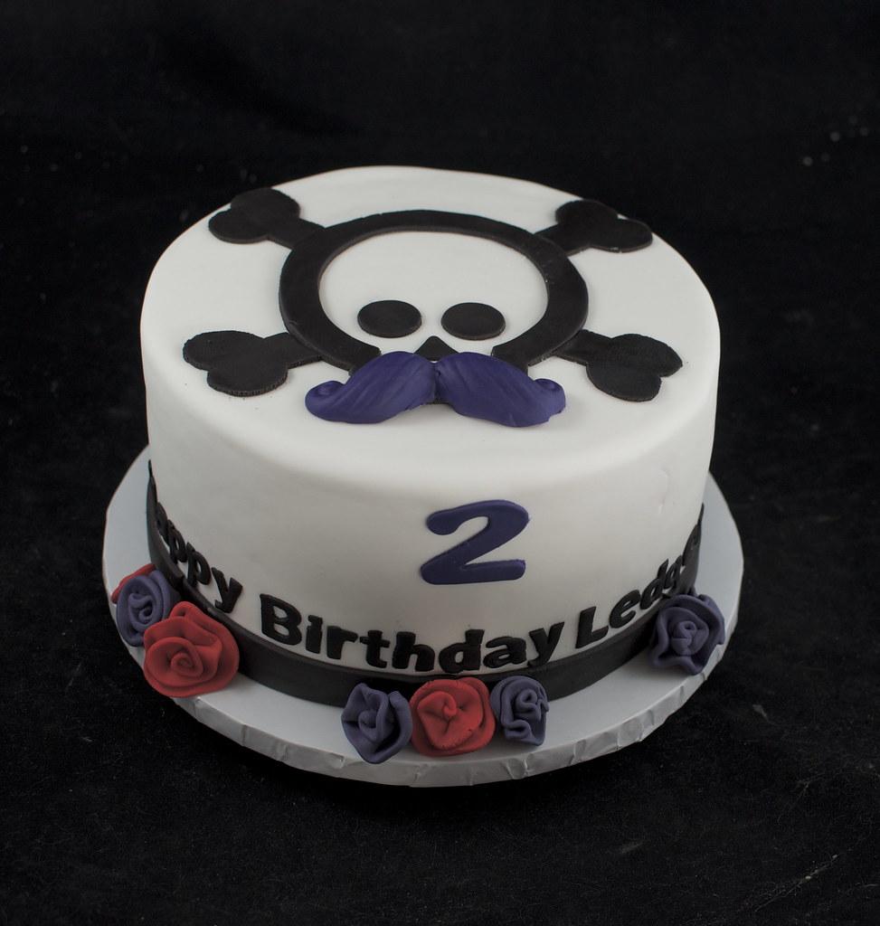 Stupendous Skull And Mustache Birthday Cake A Photo On Flickriver Funny Birthday Cards Online Necthendildamsfinfo