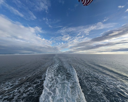 ocean crossing juandefuca cloudscape wake sky skyscape morning vancouverisland beauty
