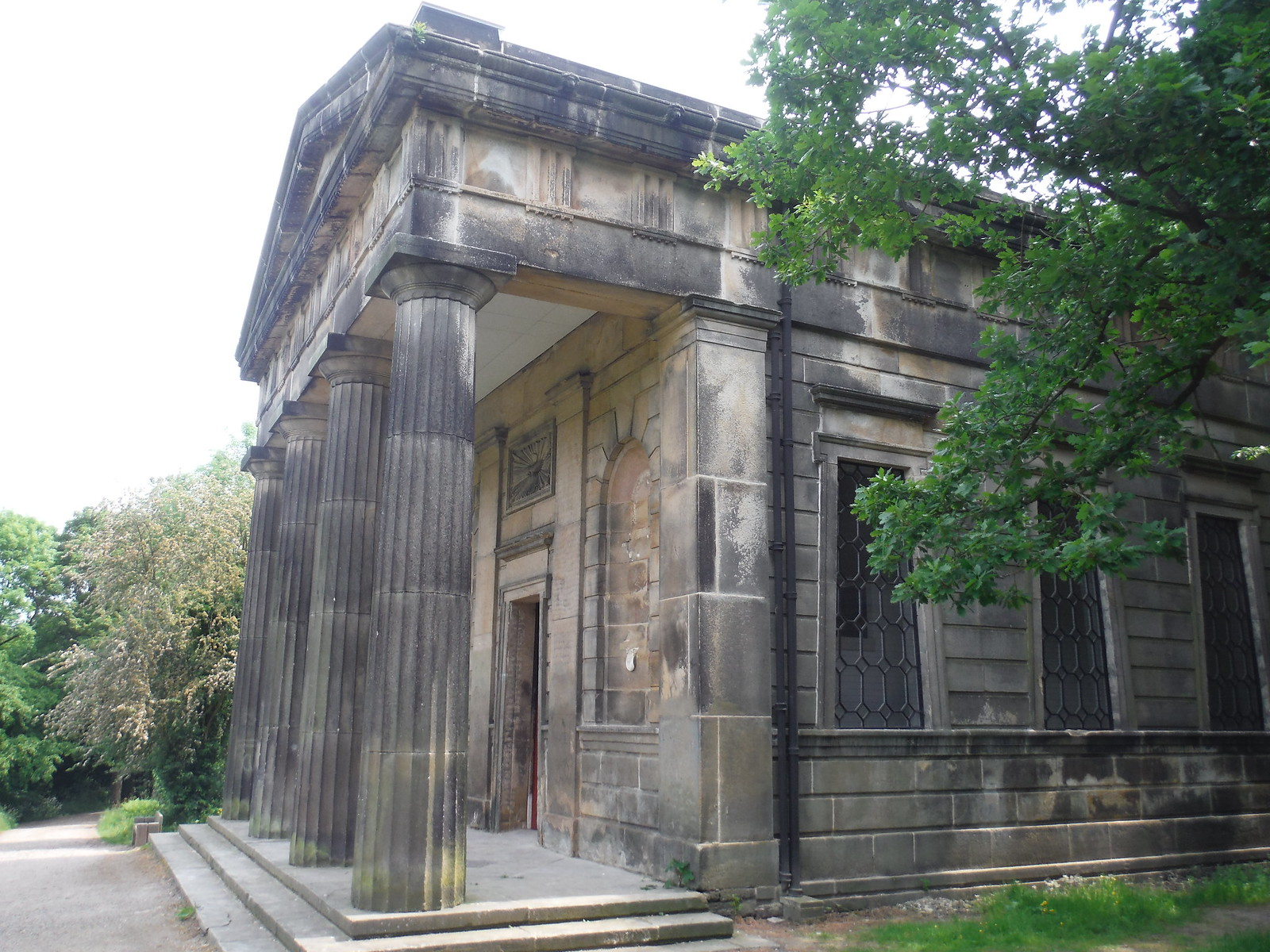 Sheffield General Cemetery, Nonconformist Chapel SWC Walk 267 - Sheffield Circular (via Porter, Limb, Sheaf and Gleadless Valleys)
