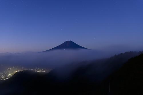 morning mountain fuji mitsutoge