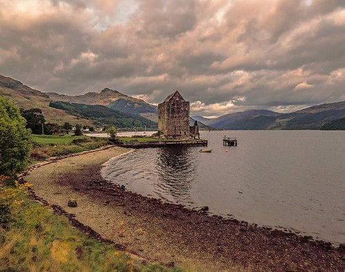 autumn mountains building castle beach water architecture clouds landscape geotagged scotland countryside daylight highlands scenery day moody britishisles cloudy scenic dramatic escocia calm brooding yachts loch naturalbeauty cloudscape atmospheric carrick schottland lochgoil ecosse scozia lochlong scottishhighlands sealoch cowal cowalpeninsula ardentinny carrickcastle 2013 scottishloch scottishcastle canonpowershotsx50hs canonpowershotsx50