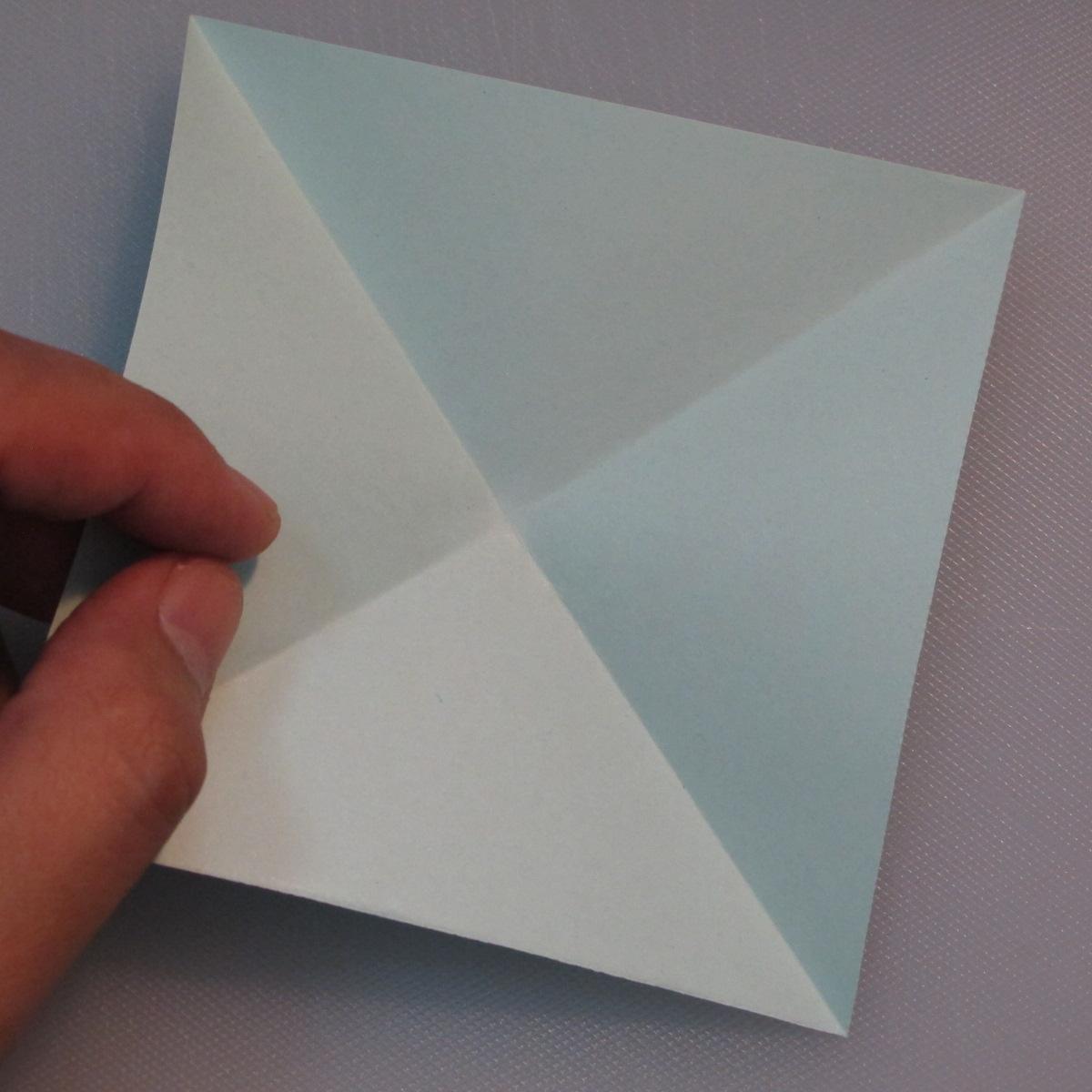 การพับกระดาษรูปดอกมอร์นิ้งกลอรี่ (Origami Morning Glory – アサガオの折り紙) 001