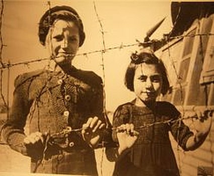 12a19 Enfants campo Rivesaltes