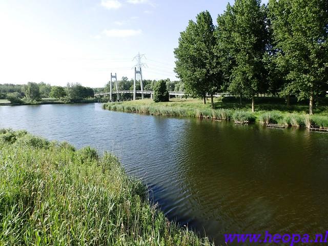 2016-06-09          Almeerdaagse         3e dag 25 Km   (20)