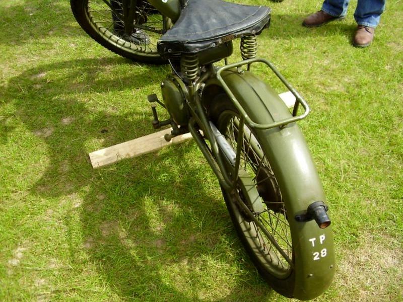 Royal Энфилд Мотоциклет (2)