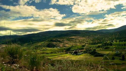 mountain clouds bc wine okanagan columbia winery british munson hdr penticton naramata