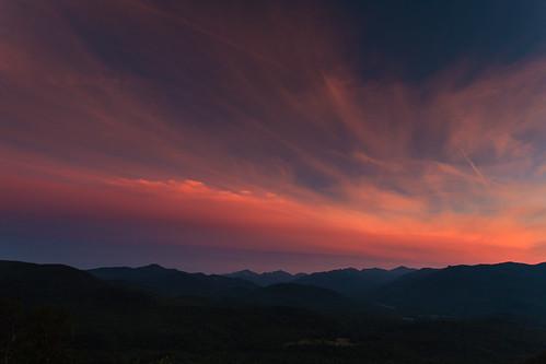sunset usa newyork clouds twilight day unitedstates cloudy adirondacks summit canonef1740mmf4lusm keene keenevalley bigcrow canoneos5dmarkii hazylandscape