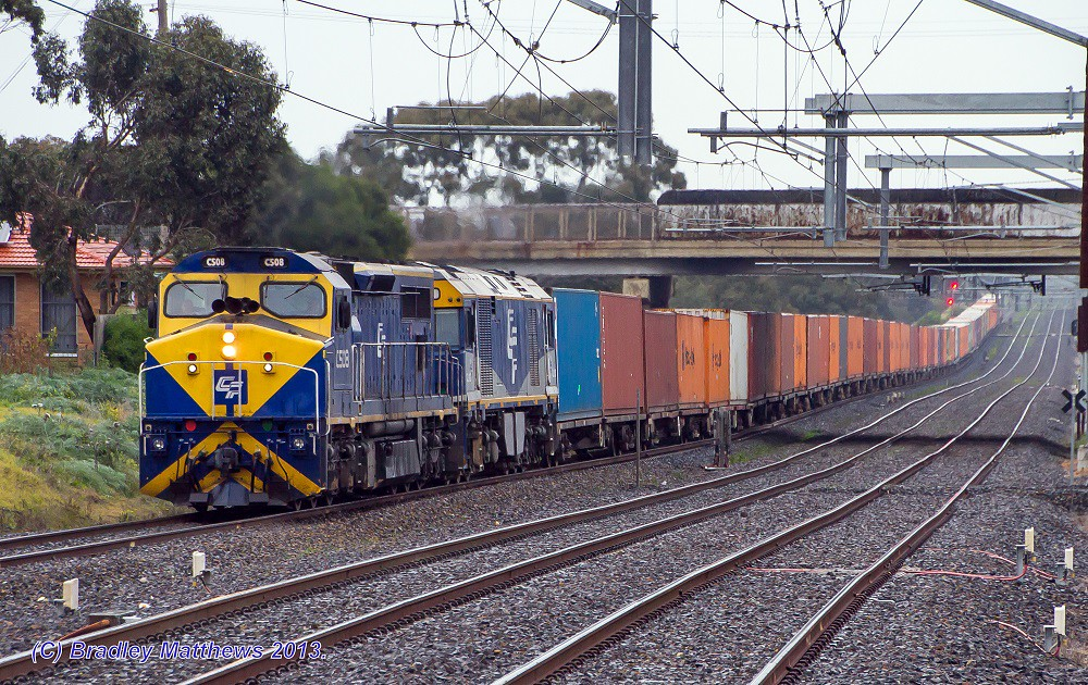 Qube's C508-GL107 with 7MC1 freight to Harefield/Junee at Coolaroo (13/7/2013) by Bradley Matthews