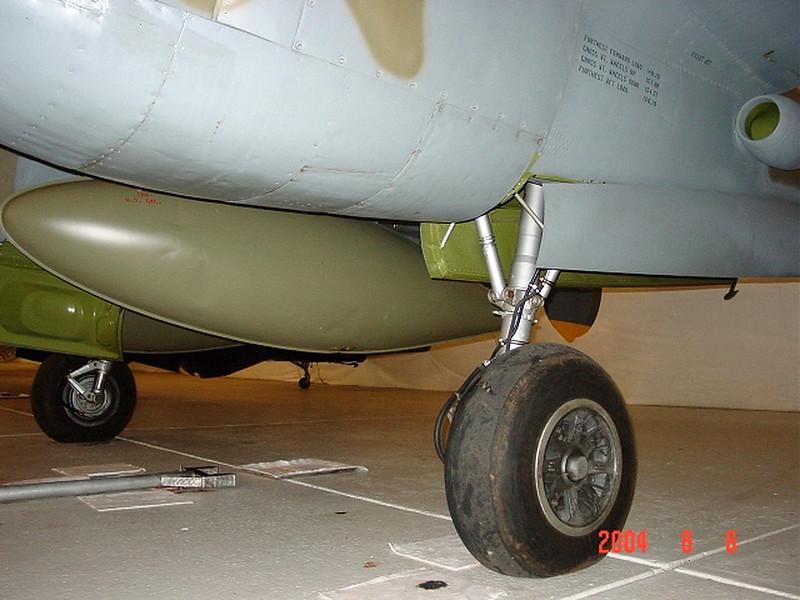 P-38L Tangerine (4)