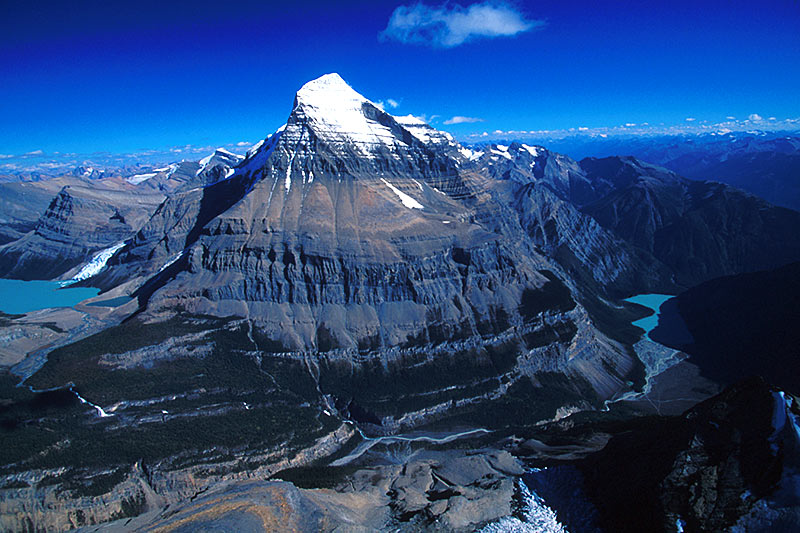 Mount Robson, Mount Robson Provincial Park, Canadian Rocky Mountains, British Columbia