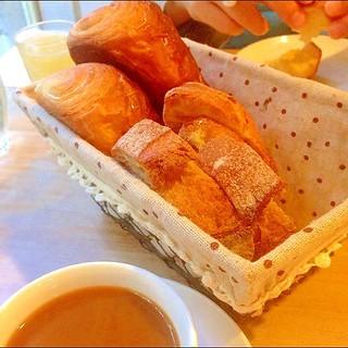 カタネカフェ、パリの朝食セット | by sota-k