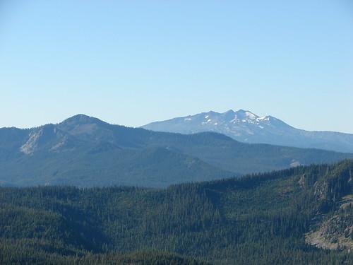 Fuji Mountain and Diamond Peak