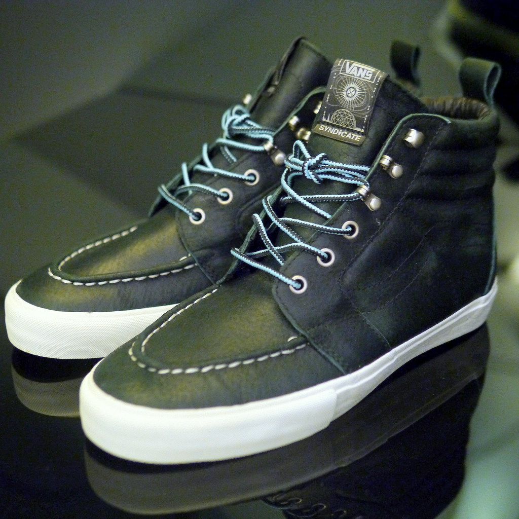 f6f0df43fe ... Vans Syndicate x Mike Hill Sk8-Hi Boot