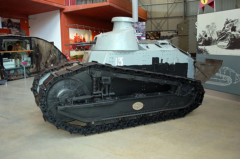 Renault FT 17 (3)