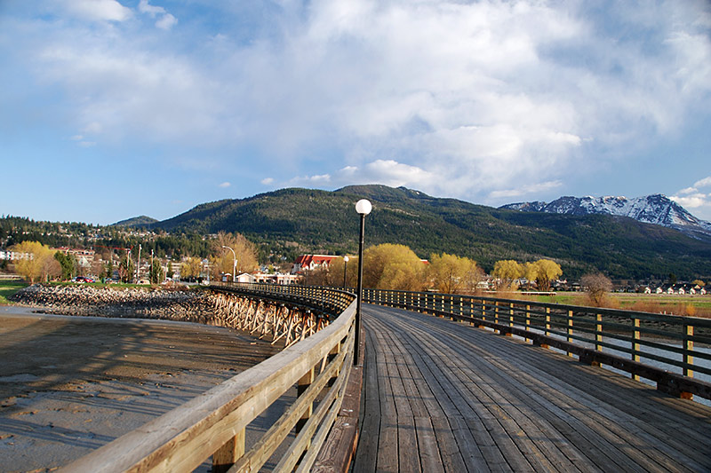 Wharf at Marine Park, Salmon Arm, Shuswap Lake, Shuswap, British Columbia, Canada