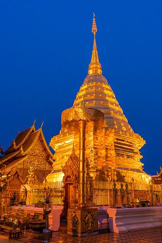 asian buddhist chiangmai thai thailand watphrathatdoisuthep temple worship sundown dusk gold sunset buddhism historic architecture hour bluehour blue evening