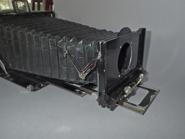 Voigtländer Alpin 13 x 18cm plate camera, no lens 20