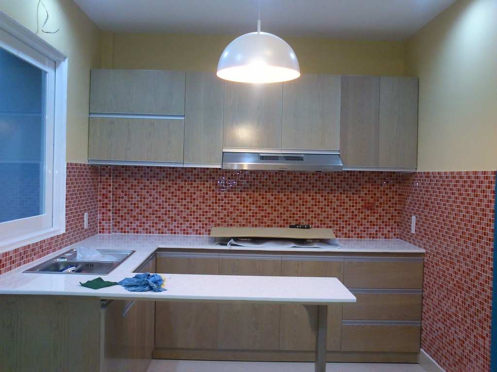 cucina con piastrelle rosse | Angela Giudici | Flickr