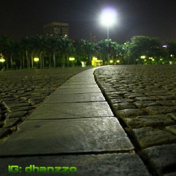 Indahnya Lampu Taman Monas Di Malam Hari Harni Hamzah Flickr
