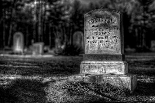 ri history scary vampire newengland folklore dracula haunted spooky story rhodeisland legend vampyre mercybrown consumption hysteria ghostvillage jeffbelanger mercylenabrown mercylbrown legendtripping
