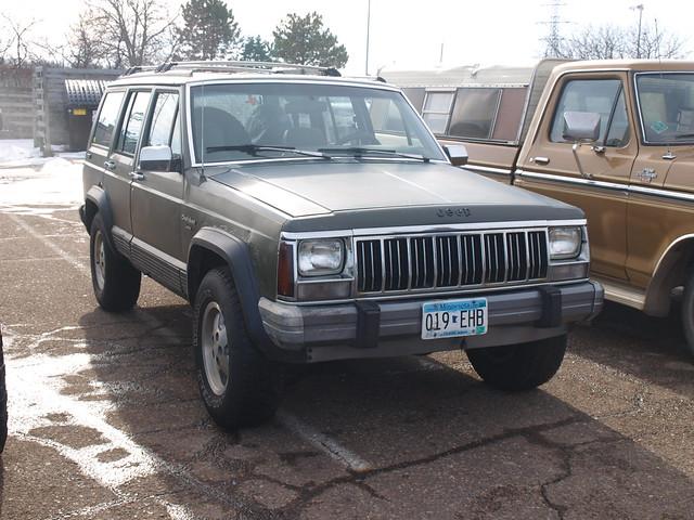 Lifted Trucks Minnesota January Meet 026