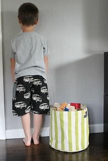 Linen Bus Shorts