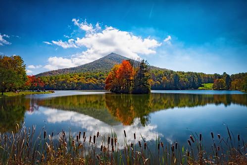 autumn mountain color virginia otter peaks blueridgeparkway