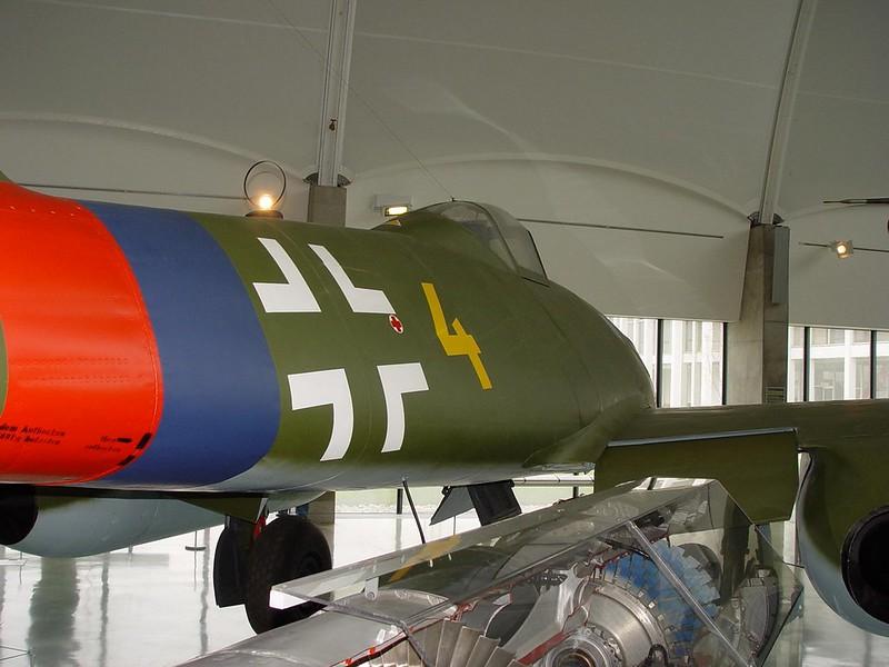 Messerschmitt Me 262A 1