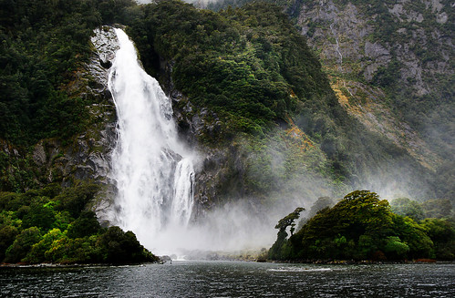 Bowen Falls Milford Sound NZ. | by Bernard Spragg