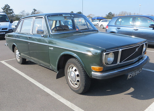 1971 Volvo 144 DL | by Spottedlaurel