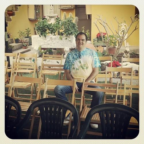 Rafa Ordoñez esperando a deleitarnos con sus historias en el Festival Internacional del #Cuentos2013 de #lossilos .. ¿te vienes?   by Pedro Baez Diaz @pedrobaezdiaz