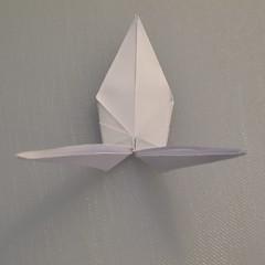 วิธีพับกระดาษเป็นรูปนกกระเรียน 010
