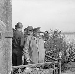 Winston Churchill en el Rhin