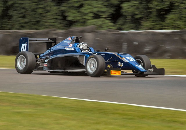 Formula 3 speed at Druids