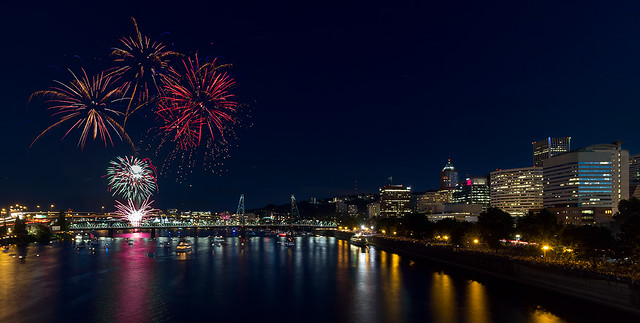 4th of July Fireworks at Portland Waterfront 2016