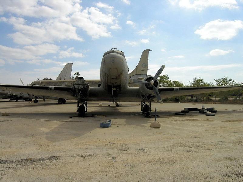 C-47B Dakota (3)