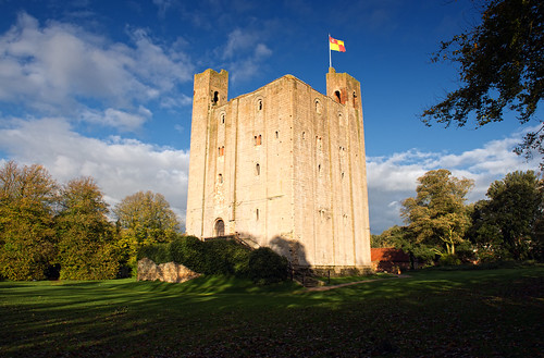 Hedingham Castle Keep + Standard | by Still The Oldie