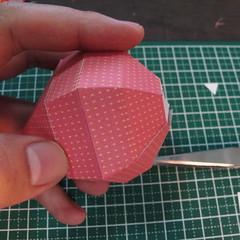 วิธีการทำโมเดลกระดาษเป็นสตอเบอรี่สีแดง 014