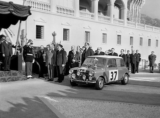 MINI-1964-Montecarlo-winner-04