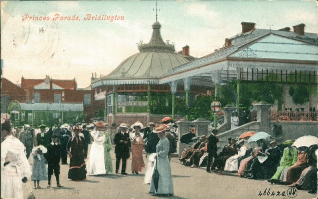 Princes Parade from north, Bridlington, c.1905 (archive ref PO-1-20-72)