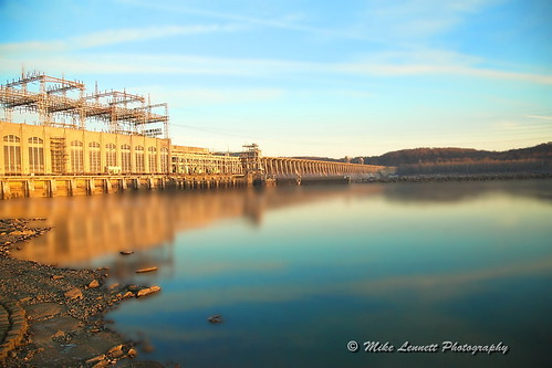 morning blue light river long exposure dam maryland susquahanna mikelennett