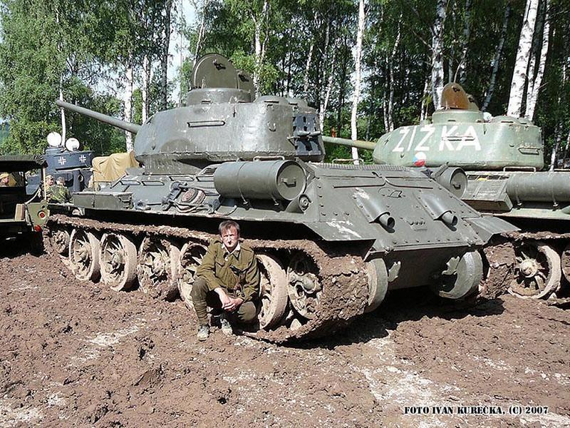 T-34 85 (2)