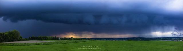 It sometimes rains in southern bavaria N°1