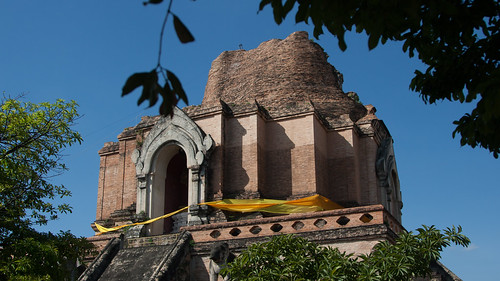 2013-11-12 Thailand Day 05, Wat Chedi Luang, Chiang Mai Thailand | by Qsimple, Memories For The Future Photography