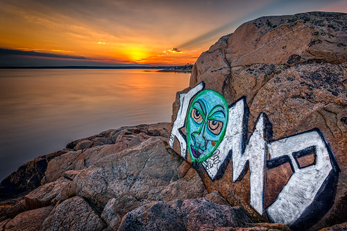 sunset water face norway clouds eyes rocks grafitti halden sarpsborg dusa canon6d bentvelling ef1740lmm