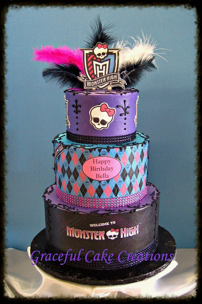 Cool Monster High Birthday Cake Grace Tari Flickr Funny Birthday Cards Online Inifofree Goldxyz