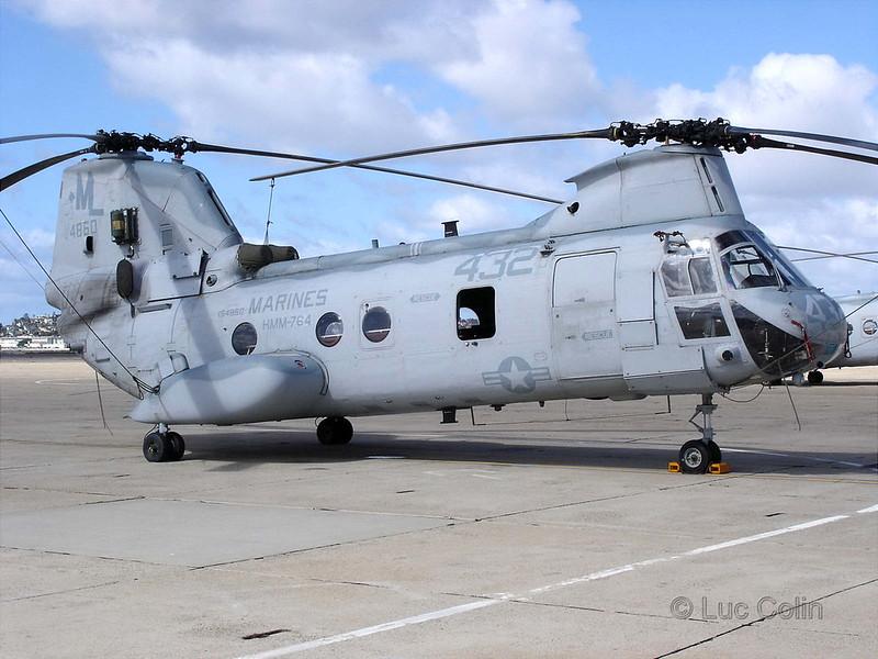 CH-46E (6)