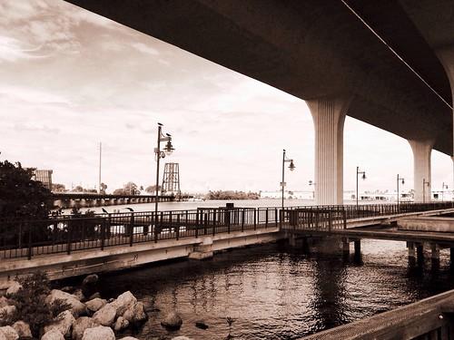 ocean railroad bridge water river iphone5