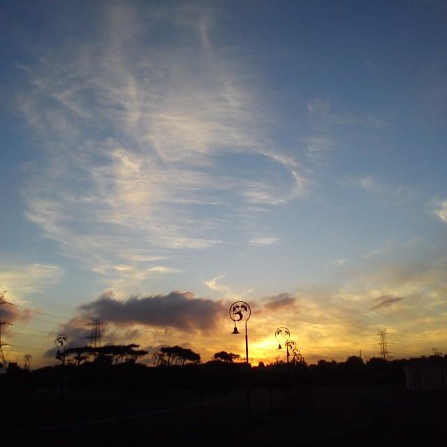 loopy sky